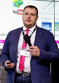 Александр Нилов