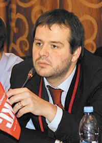Вячеслав КАДНИКОВ
