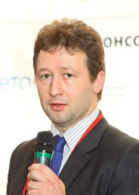 Александр Мельников, специалист по корпоративным технологиям Intel