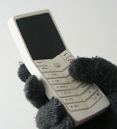 Mobile phone for cold weather climates