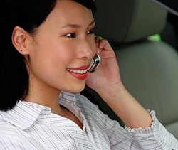 China keeps 3G schedule on hold